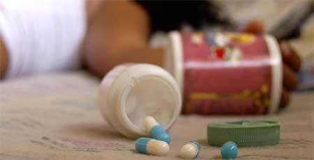 La sobredosis de pastillas es un método común.